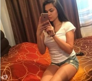 Jannie escorts Tonyrefail, UK