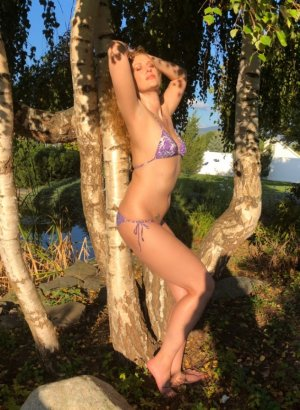 Alphonsa bisexual hookup Totton, UK